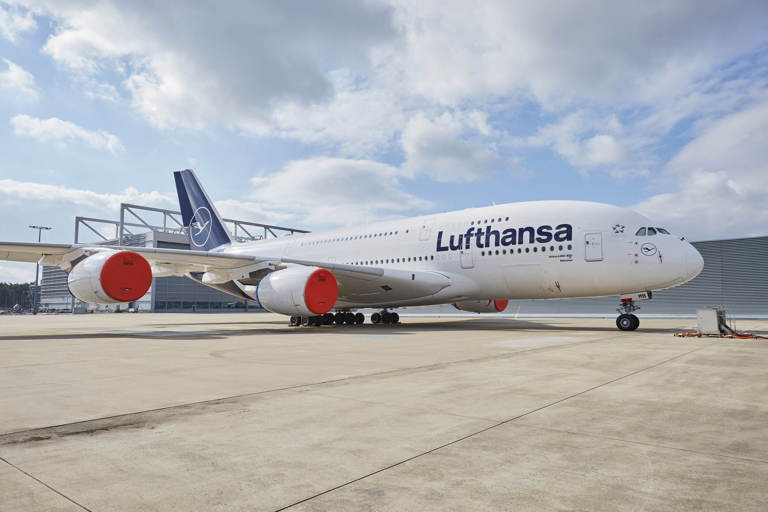 Lufthansa's final A380 arrives in Teruel for storage