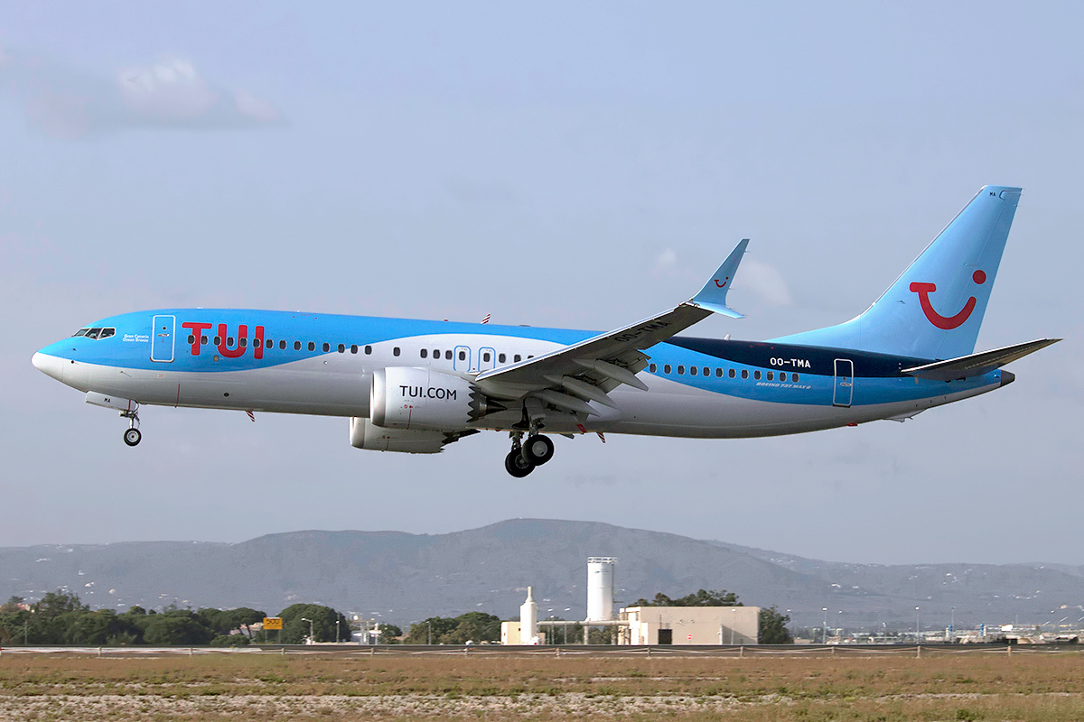 INCIDENT: TUIfly Belgium Boeing 737 MAX returns to Boeing Field due to technical issue